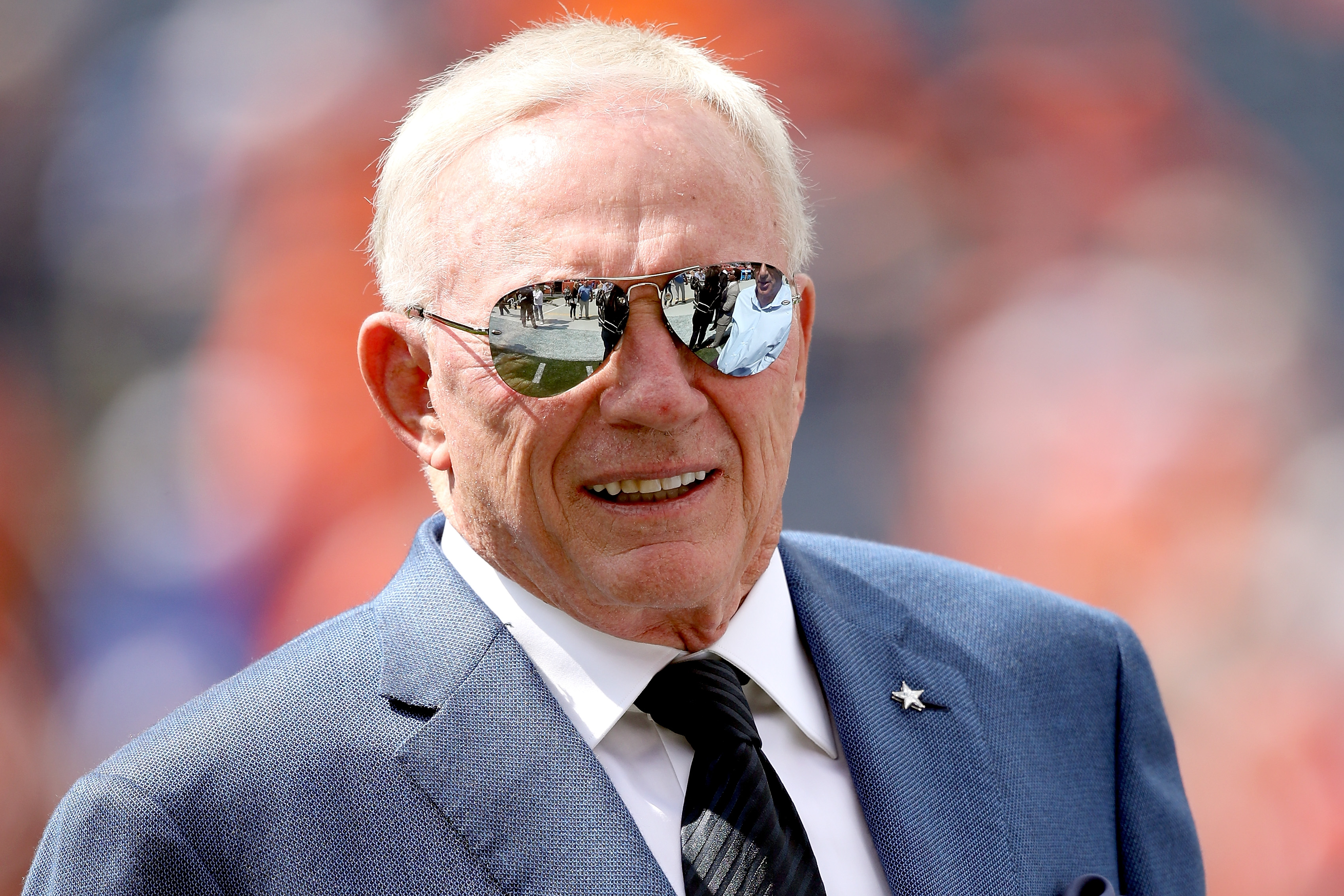 Jerry Jones losing backing from National Football League  owners over outbursts, report says