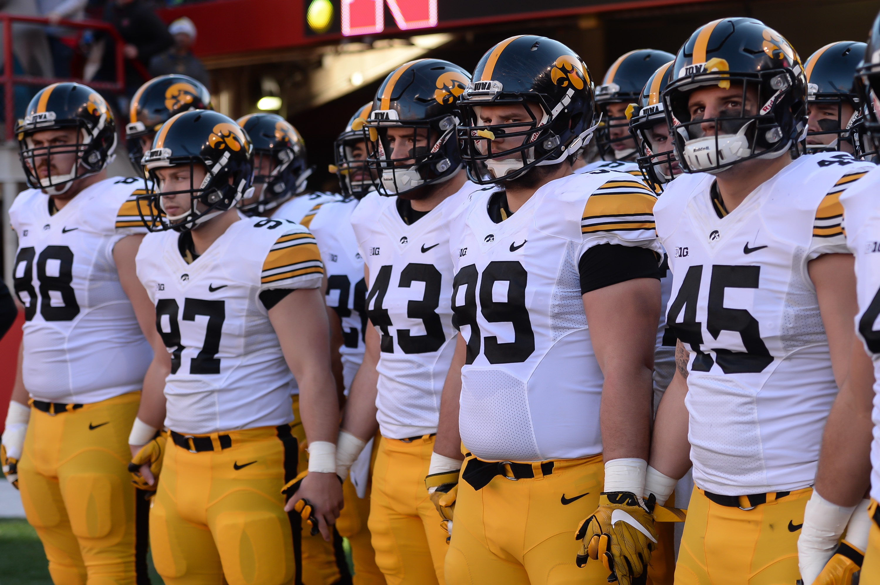 Pinstripe Bowl: Iowa outlasts Boston College in chilly contest