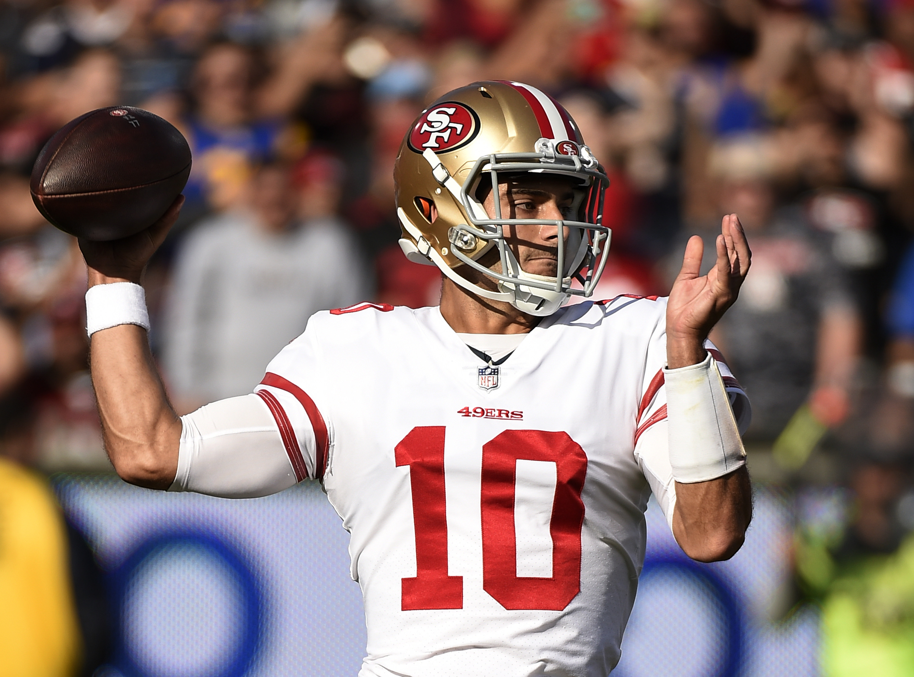 49ers sign Garoppolo to $137.5M deal